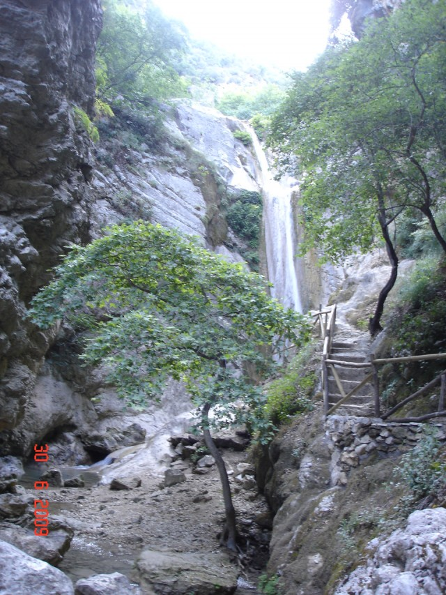 Nidri waterfall